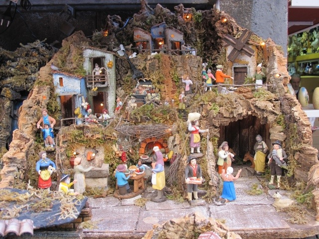 Nativity scenes in Naples | Bagni di Lucca and Beyond