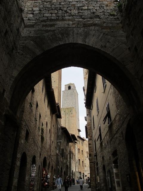 Imagini pentru san gimignano italia