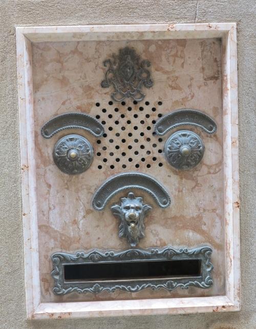 doorbells in Venice