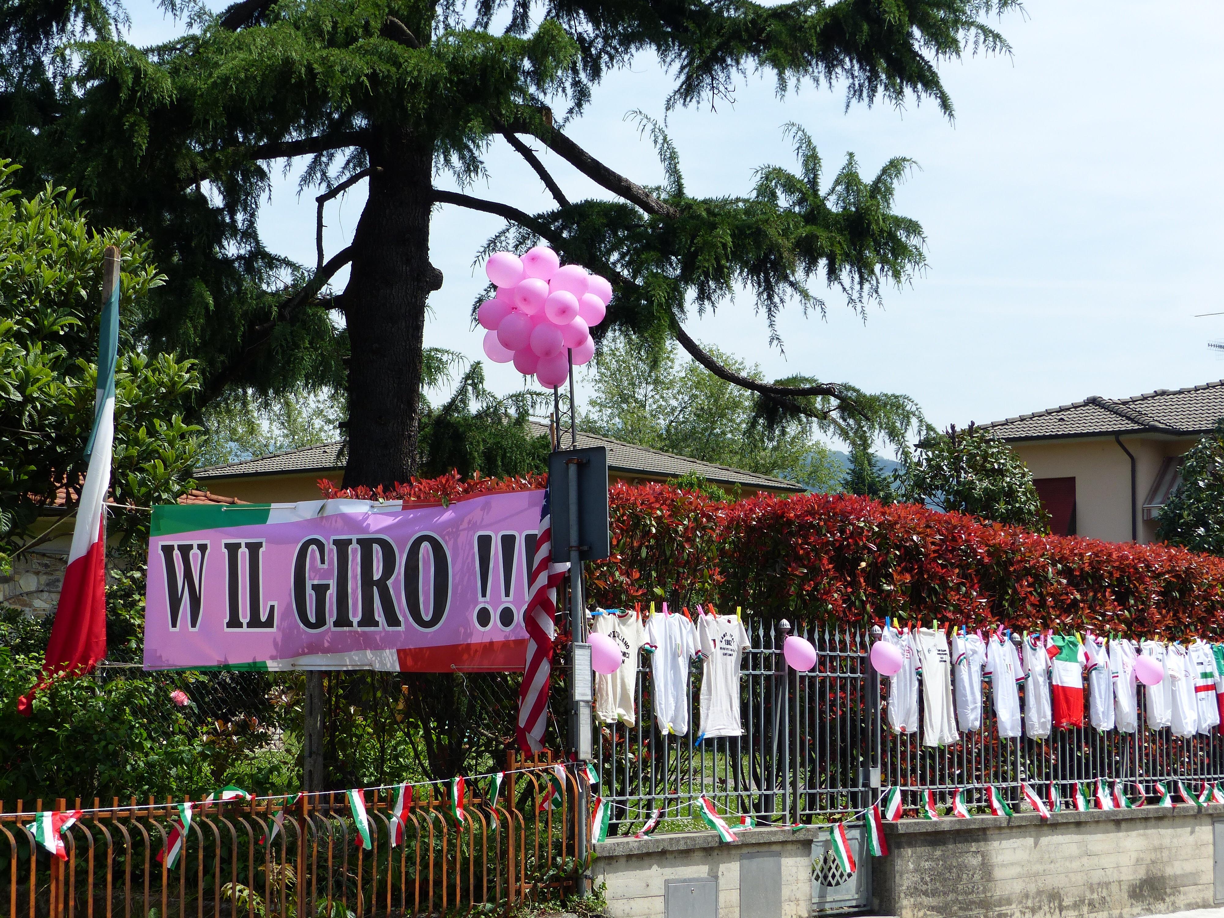 Giro d\'Italia comes to Bagni di Lucca | Bagni di Lucca and Beyond