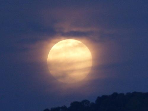 Casa Debbio moon