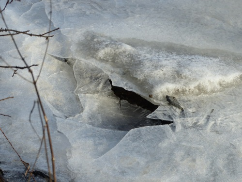 Melting ice Tooloonlahti