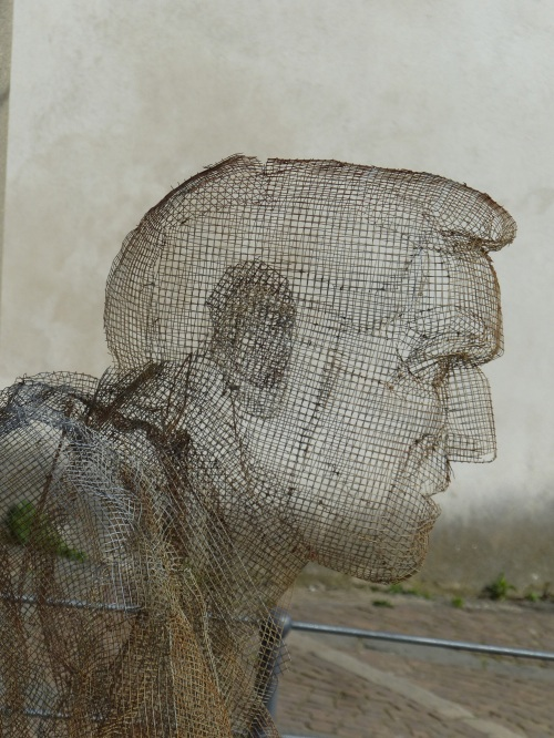 Chicken wire chap