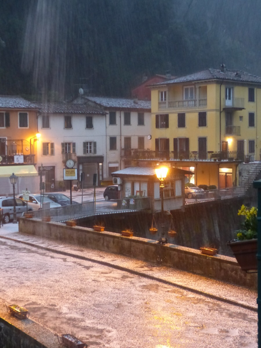 Now hail | Bagni di Lucca and Beyond