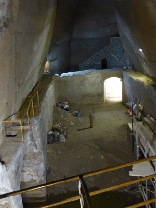Bourbon tunnel